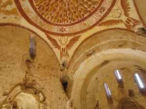 Veel van de oude muurschilderingen zijn nog intact.