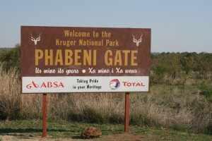 Via Phabeni Gate, een kleine ingang in het zuidelijke deel van van het Krugerpark, zijn we dit oord van ongerepte natuur binnen gereden.